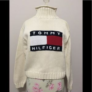 1990's Vintage Tommy Hilfiger Turtleneck Sweater!